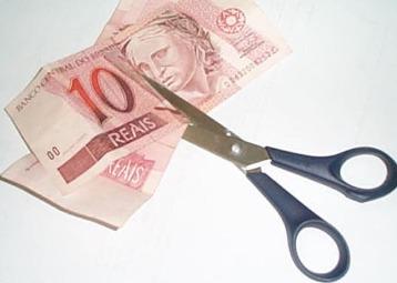 cortando_dinheiro